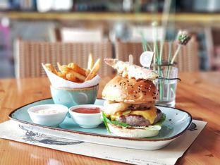 Foto 1 - Makanan(The cutt black angus burger) di Cutt & Grill oleh foodstory_byme (IG: foodstory_byme)