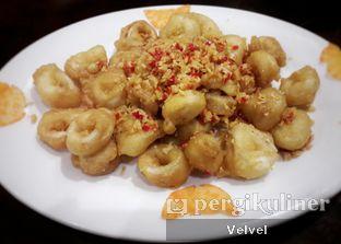Foto 4 - Makanan(Cumi Goreng Cabe Bawang) di Angke oleh Velvel