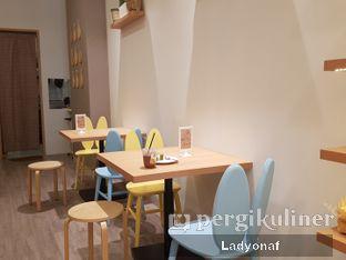 Foto 5 - Interior di Sollie Cafe & Cakery oleh Ladyonaf @placetogoandeat