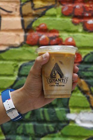 Foto 12 - Makanan di Giyanti Coffee Roastery oleh yudistira ishak abrar