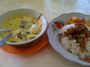 Foto 5 - Makanan di Soto Betawi H. Husein oleh Review Dika & Opik (@go2dika)