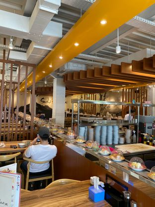 Foto 1 - Interior di Sushi Mentai oleh Maria Marcella