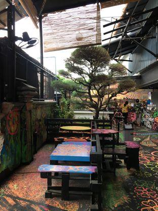 Foto 15 - Interior di Art Cafe By Naturalich oleh Jeljel