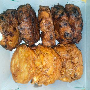 Foto - Makanan di Pisang Goreng Madu Bu Nanik oleh Chris Chan