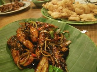 Foto 3 - Makanan di Pondok Ikan Bakar Ujung Pandang oleh feby