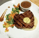 Foto Grilled Tenderloin with Fresh Herbs (IDR 85,800 - Nett) di Meatology