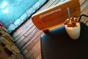 Foto ArT Cafe & Restaurant