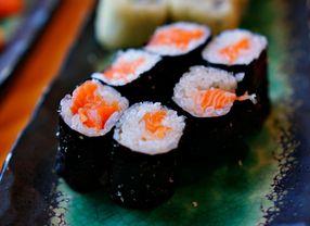 Cek Makna Hidup yang Tersembunyi dalam Kuliner Sushi