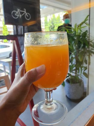 Foto review Bon Ami Restaurant & Bakery oleh Amrinayu  1