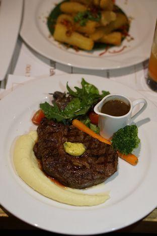 Foto 2 - Makanan di VIN+ Wine & Beyond oleh Belly Culinary