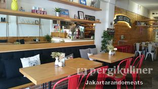Foto 1 - Interior di Mars Kitchen oleh Jakartarandomeats