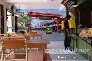 Foto 5 - Interior di Warung Bogor oleh Darsehsri Handayani