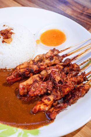 Foto - Makanan di Sate Ayam & Kambing Megaria oleh Indra Mulia