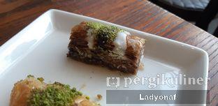 Foto 6 - Makanan di Mardin Baklava Patisserie oleh Ladyonaf @placetogoandeat