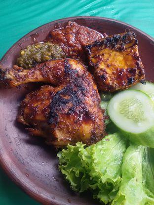 Foto review Ayam Penyet Jojo oleh Nintia Isath Fidiarani 2