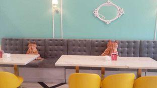 Foto 5 - Interior di Look Tea oleh felita [@duocicip]