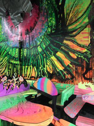Foto 14 - Interior di Art Cafe By Naturalich oleh Jeljel