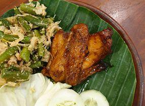 5 Ayam Bakar Enak di Surabaya yang Paling Favorit