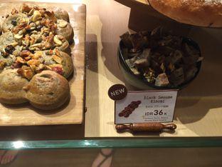 Foto 2 - Makanan di Francis Artisan Bakery oleh Theodora