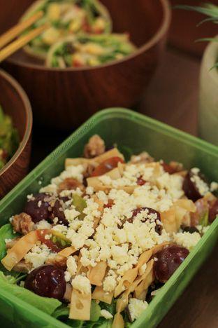 Foto 1 - Makanan di Crunchaus Salads oleh thehandsofcuisine