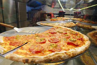Foto 9 - Makanan di Pizza Place oleh iminggie