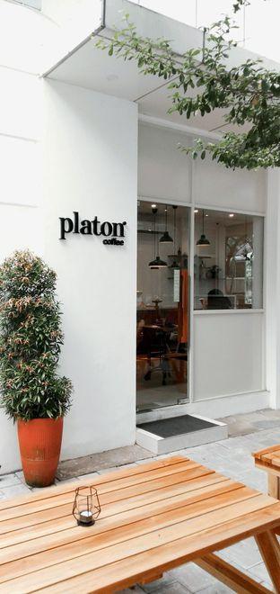 Foto 29 - Eksterior di Platon Coffee oleh duocicip