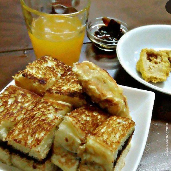 Cemilan Malam Review Kuliner Addict Bandung Di Restoran