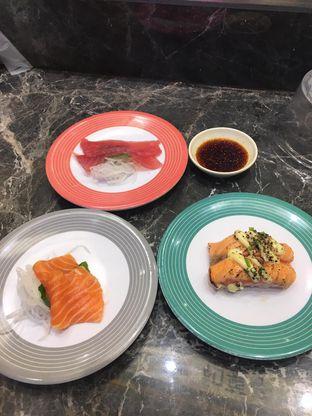 Foto 2 - Makanan di Sushi Go! oleh Bread and Butter
