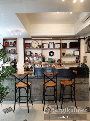 Foto 5 - Interior di Raga Kopi oleh Selfi Tan