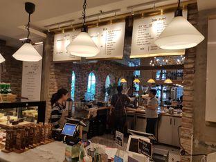 Foto 2 - Interior di Sajiva Coffee Company oleh ig: @andriselly