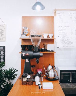 Foto 4 - Interior di Fugol Coffee oleh @kulineran_aja