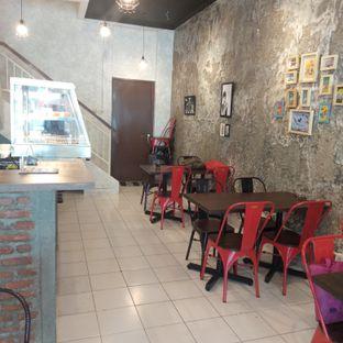 Foto 6 - Interior di Ong's Kitchen oleh felita [@duocicip]