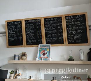Foto 3 - Interior(Foto menu diambil pada Januari 2021) di Drips Coffee oleh Velvel