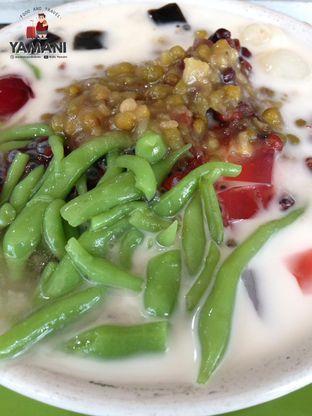 Foto - Makanan(Es Campur Gula Merah + Santan + Susu) di Es Campur Ko Acia oleh awakmutukangmakan