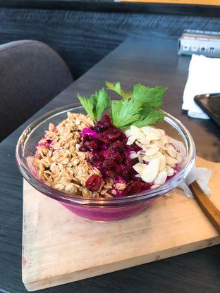 Foto 1 - Makanan(Bowl) di 101+ Juice oleh Kunanju Oktagiantika