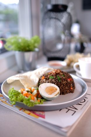 Foto 6 - Makanan di Oiio Bistro oleh om doyanjajan