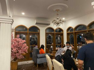 Foto 4 - Interior di Louis Coffee oleh Femmy Monica Haryanto