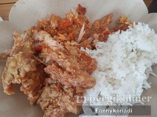 Foto 3 - Makanan di Ayam Geprek Mas Eko oleh Fanny Konadi