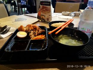 Foto 1 - Makanan di Kopilatinum oleh Riri Riri