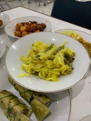 Foto 5 - Makanan di RM Sinar Minang oleh Wawa   IG : @foodwaw