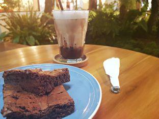 Foto review Sama Dengan oleh Zena 1