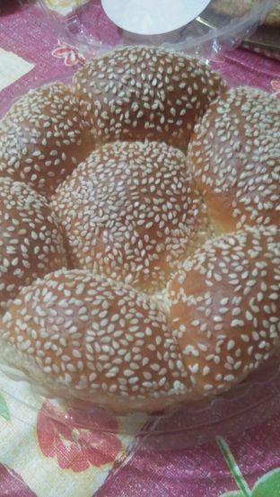 Foto review Holland Bakery oleh Review Dika & Opik (@go2dika) 2