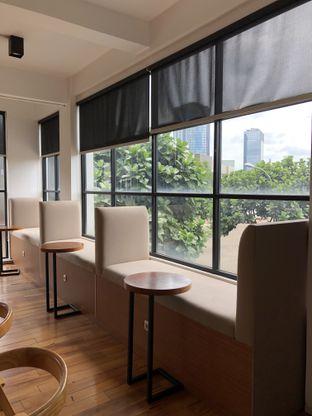 Foto 5 - Interior di Coarse & Fine Coffee oleh Mitha Komala