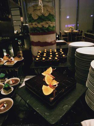Foto 6 - Makanan di OPEN Restaurant - Double Tree by Hilton Hotel Jakarta oleh Janice Agatha
