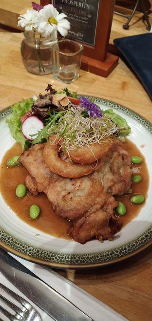 Foto 2 - Makanan di Hummingbird Eatery oleh mftravelling