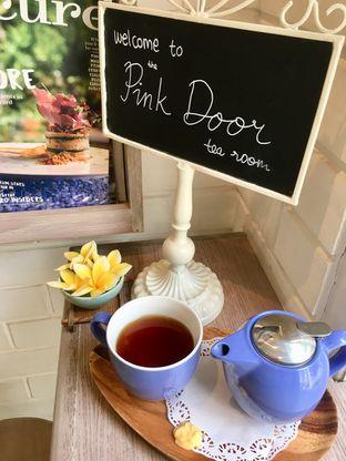 Foto review The Pink Door Tea Room oleh Prido ZH 25