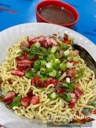 Foto 2 - Makanan di Bakmi Medan Kebon Jahe oleh bataLKurus