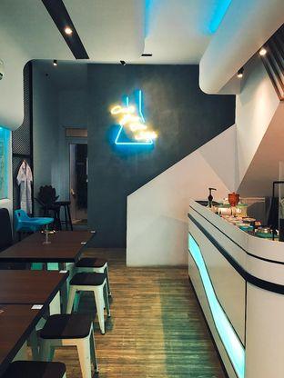 Foto 5 - Interior di Lab Cafe oleh Jeljel