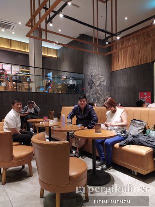 Foto review Starbucks Coffee oleh Rinia Ranada 4