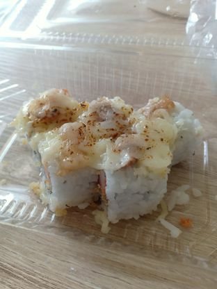 Foto review Tanoshi Sushi oleh Dwi Izaldi 3